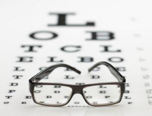 A consulta com oftamologista deve ser feita pelo resto da vida.