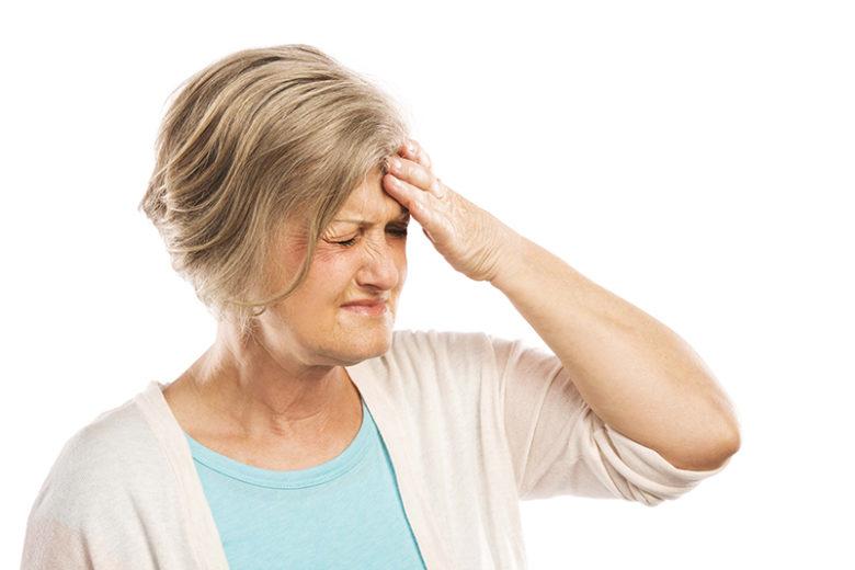 O aparecimento do Alzheimer é mais comum em idosos