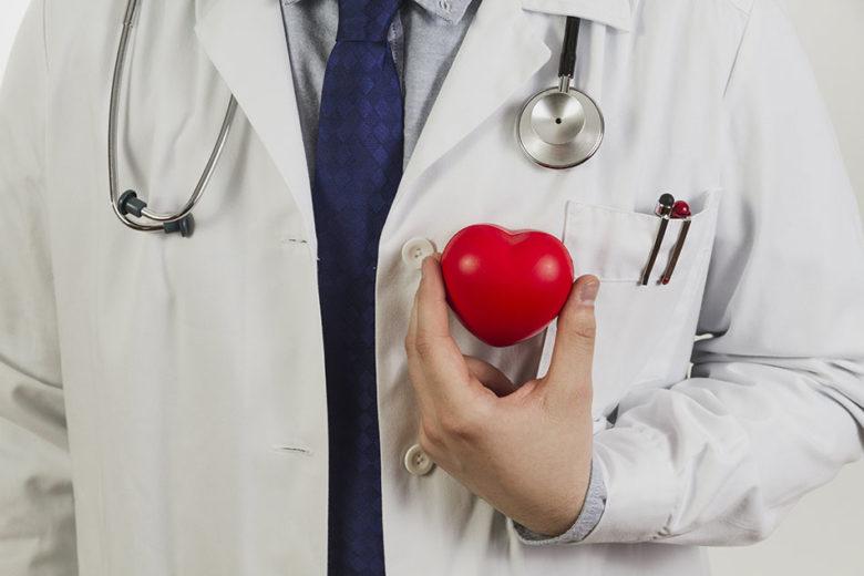Para prevenir doenças do coração durante a copa é importante realizar uma avaliação gratuita