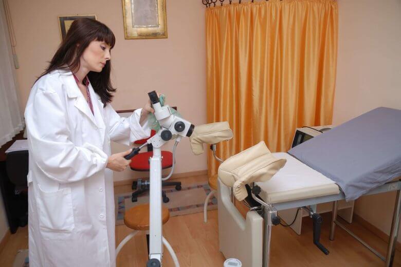 Os exames ginecológicos são importantes para detectar se há alguma doença.